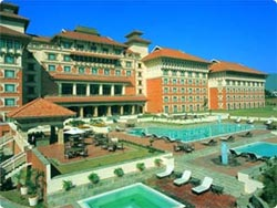 Introducing The Timeless Quality Of Nepal S Rich And Fascinating Culture Represented In Arts Architecture Hyatt Regency Kathmandu With 290 Rooms Is